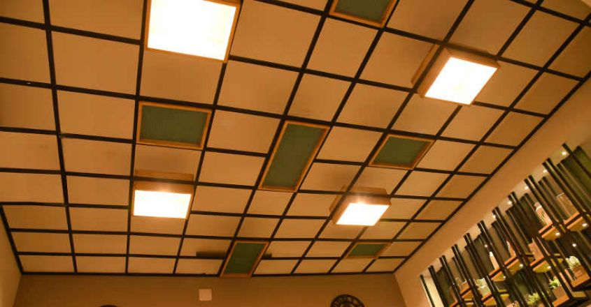 ceiling-with-pipe-rubwood