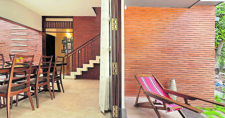 doctor-home-calicut-patio