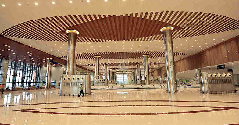 kannur-airport-hall