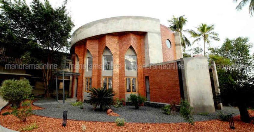msmi-convent-exterior