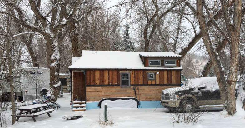 van-house-meg-winter