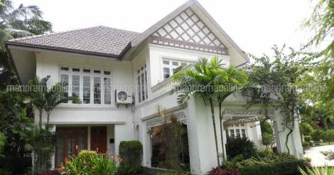 beena-house-exterior