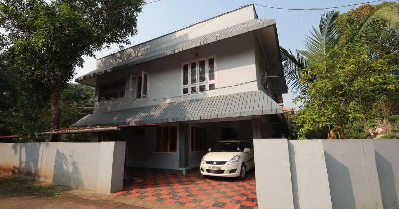 saradakutty-present-house