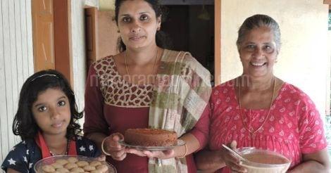 meera-ancy-eliyamma-with-jackfruit-products