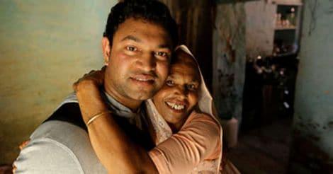 Saroo Munshi Khan