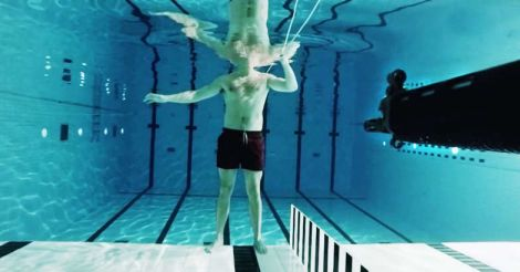 shoot under water
