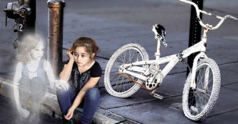 genea-barnes-ghost-bike-child-nyc