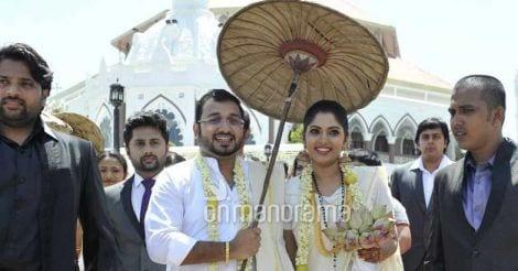muktha-marriage-pic6.jpg.image.784.410