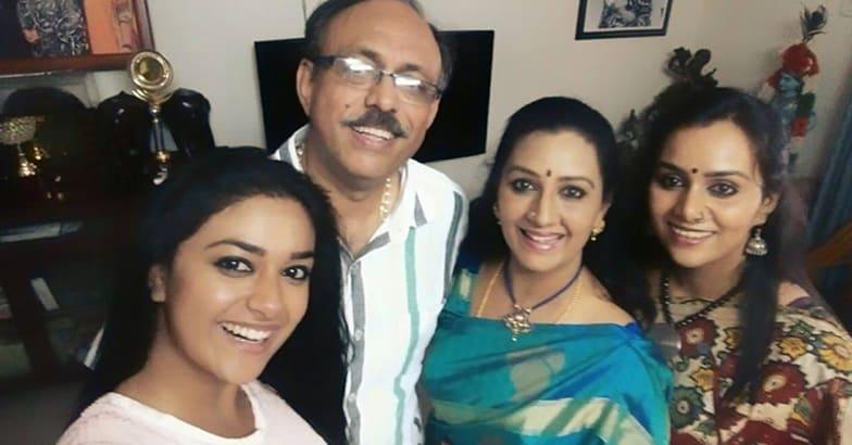 keerthi-suresh-family-2
