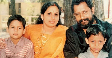 Gireesh Puthenchery with family