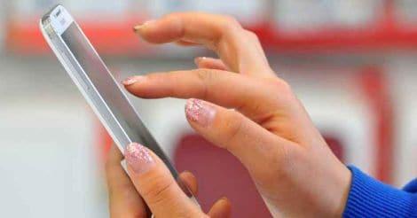 SKOREA-IT-TELECOM-SAMSUNG-SMARTPHONE