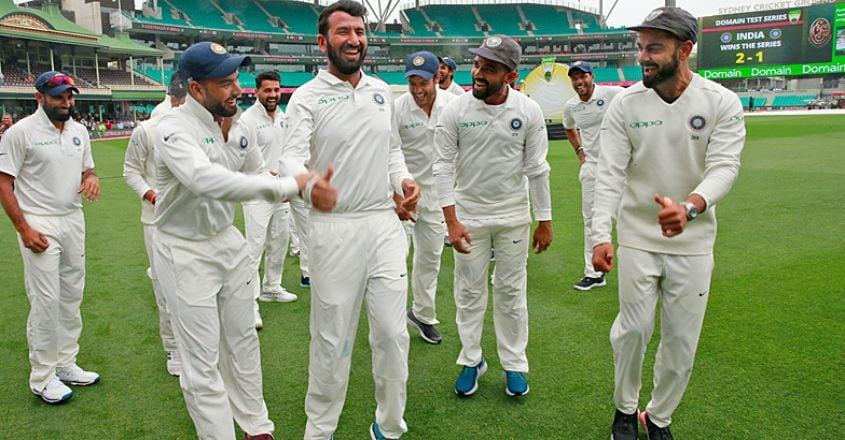 Indian cricket team celebrate winning the Border–Gavaskar Trophy
