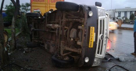 Bus-accident-Pune