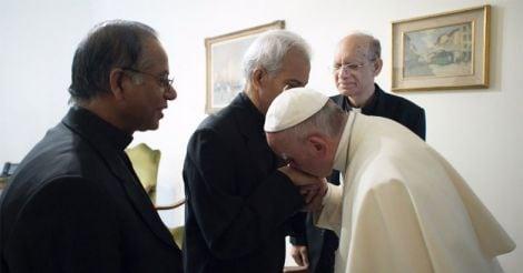 fr-tom-uzhunnalil-pope-francis