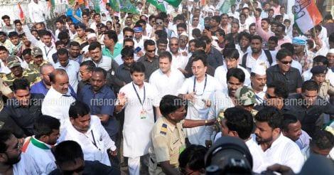 rahul-gandhi-in-public-rally