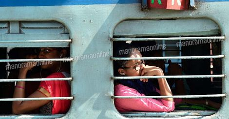Kerala-Train-Indian-Railway