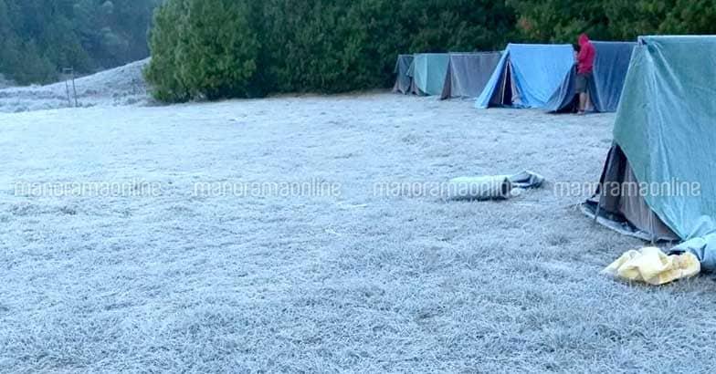 munnar-snow-11