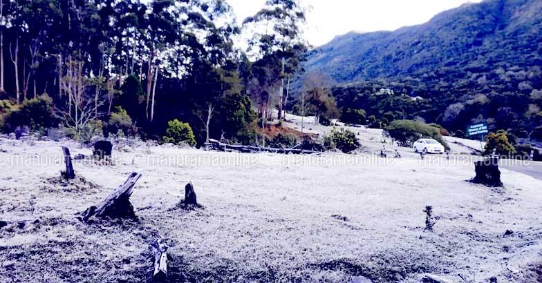 munnar-snow-3
