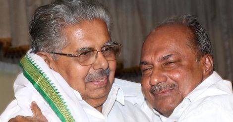 Vayalar Ravi with AK Antony
