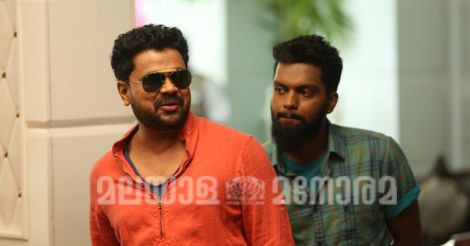 king-liar-dileep-1