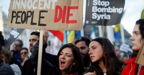 Protest-against-bombing-in-Syria