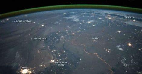 indo-pakistan-border-space-pic