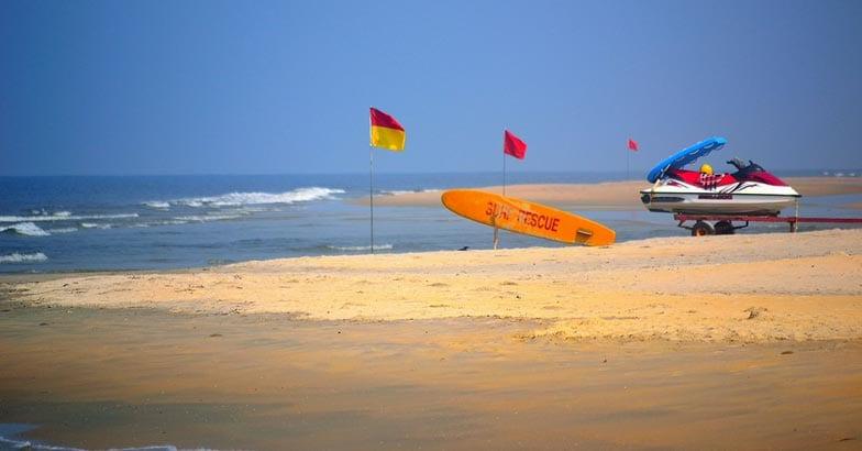 3Mobor-Beach,-Goa