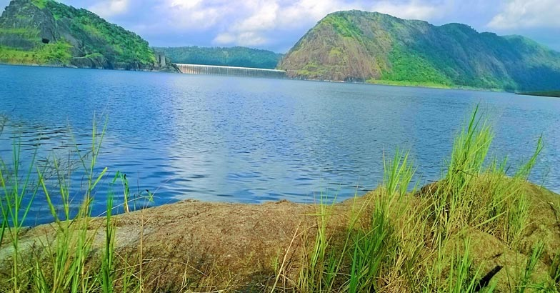 1The_beauty_of_Idukki_Dam
