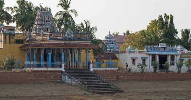 cHindu-temple-in-the-Chettinad-distric