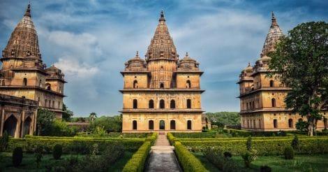 7Royal-Chhatri-Orchha
