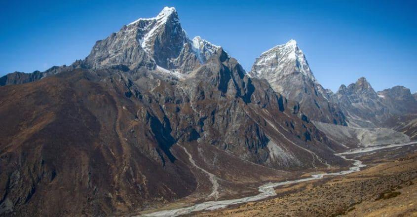 everest-Taboche-peak