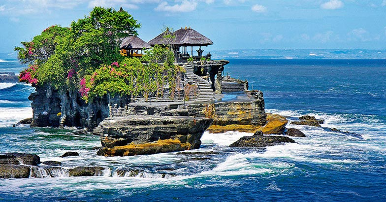 Pura Tanah Lot - temple on Bali, Indonesia