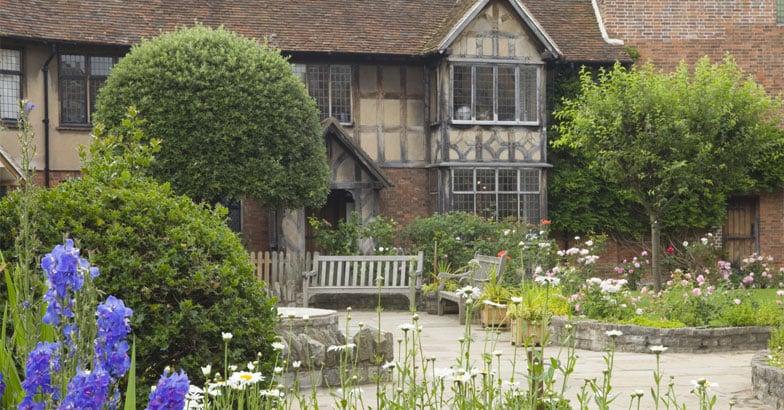 Shakespeare-residence132