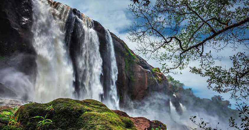 athirapally-waterfall