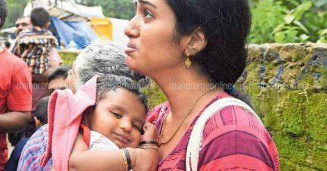 alappuzha-MOTHER-CHILD