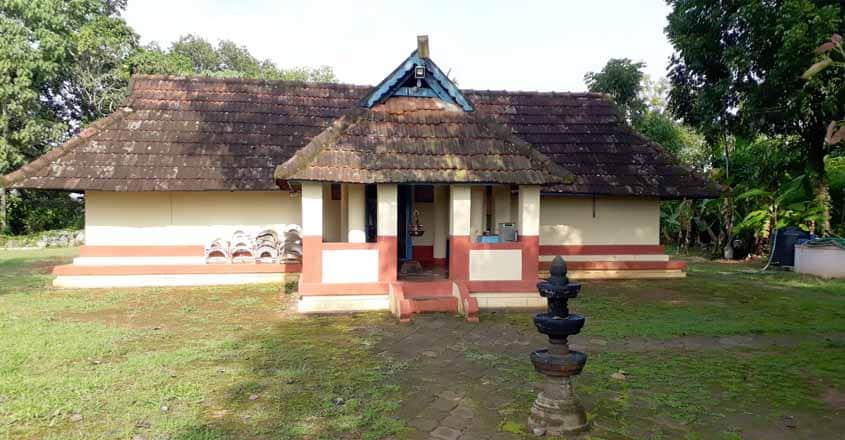 thevarkunnu-temple-01