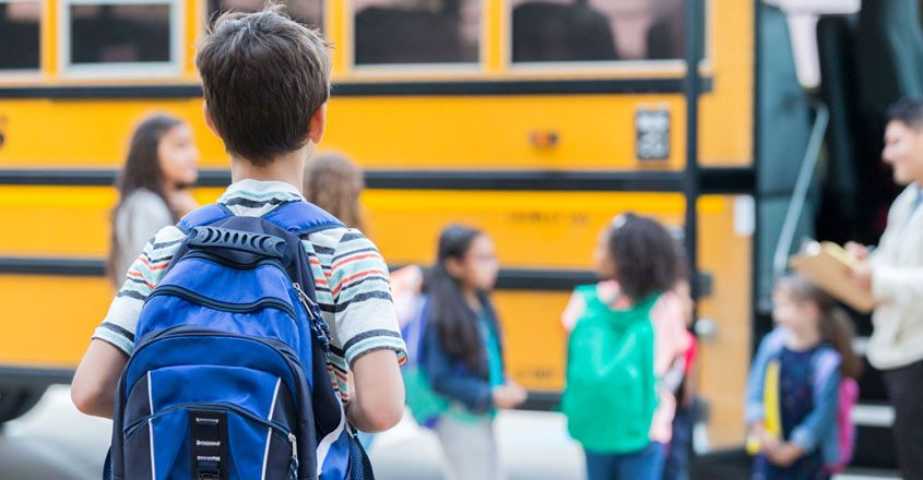 children-safety-tips-for-traveling-to-and-from-school