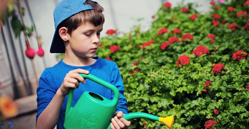benefits-of-gardening-in-children