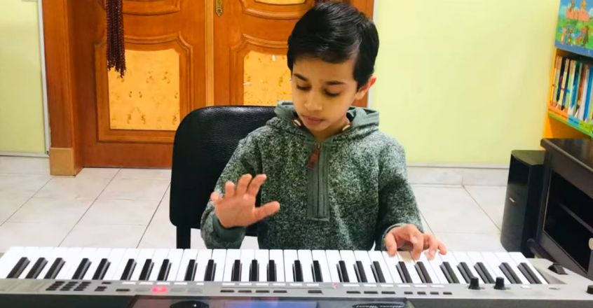 abhinav-plays-rasputin-music-in-keyboard