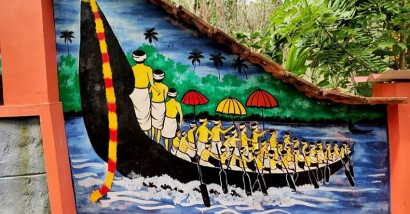 kerala-student-adorns-century-old-house-with-murals1