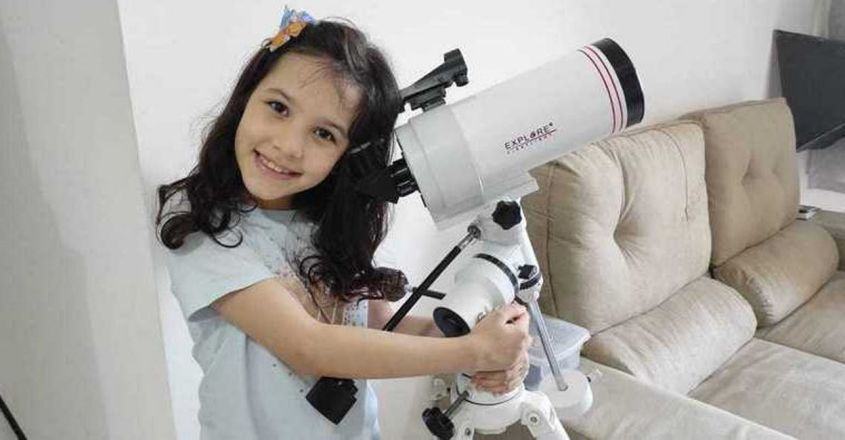 nicole-oliveira-eight-year-old-astronomer-discovered-seven-asteroids