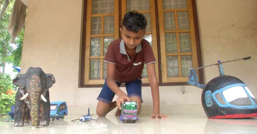 ten-year-old-student-mukundhan-makes-miniature-of-school-and-home