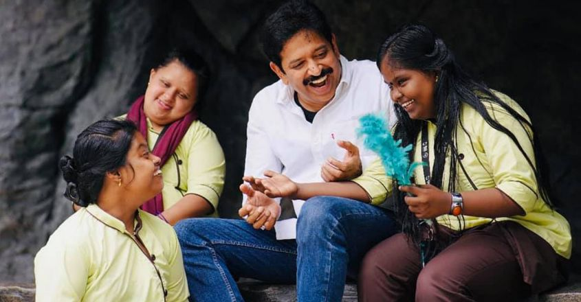 sahayathra-an-entertainment-show-by-gopinath-muthukad-and-children-of-dac