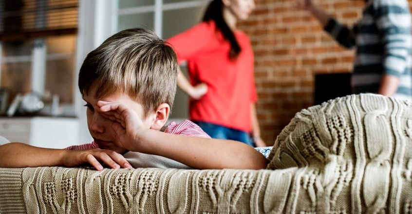 parents-fighting-in-front-of-children-and-its-impacts
