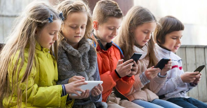 how-control-children-who-addicted-to-mobile