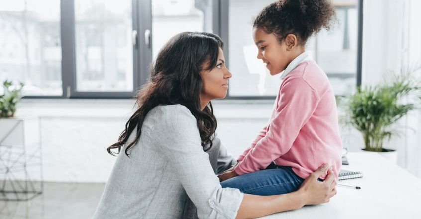 things-parents-should-tell-to-their-daughters