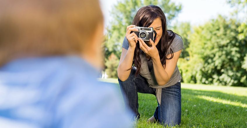 beware-of-these-risks-sharing-photo-of-kids-on-social-media