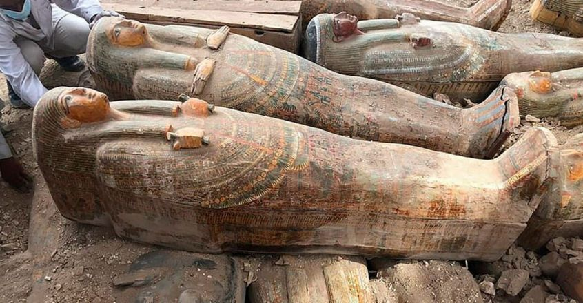 20-preserved-wooden-coffins-found-egypt-by-archaeologists