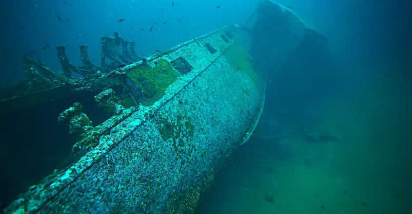 hms-shipwreck-and-the-lost-treasures