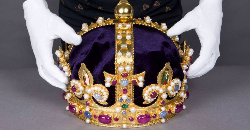 amateur-treasure-hunter-kevin-unearths-missing-centerpiece-of-henry VIII-s-crown